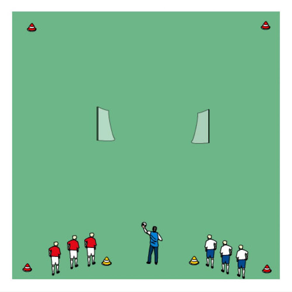 Gra 1x1 tyłem do dwóch odwróconych mini bramek.DR